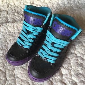 Osiris shoes -men's size 5- Black, blue, purple